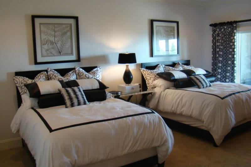 Дизайн спальни в черно-белой гамме6