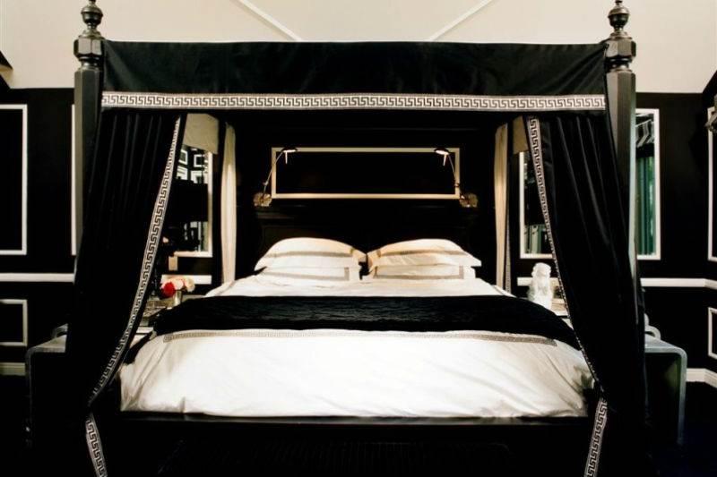 Дизайн спальни в черно-белой гамме9