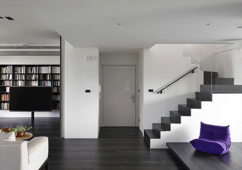Интерьер современной квартиры приправленный красками (1)