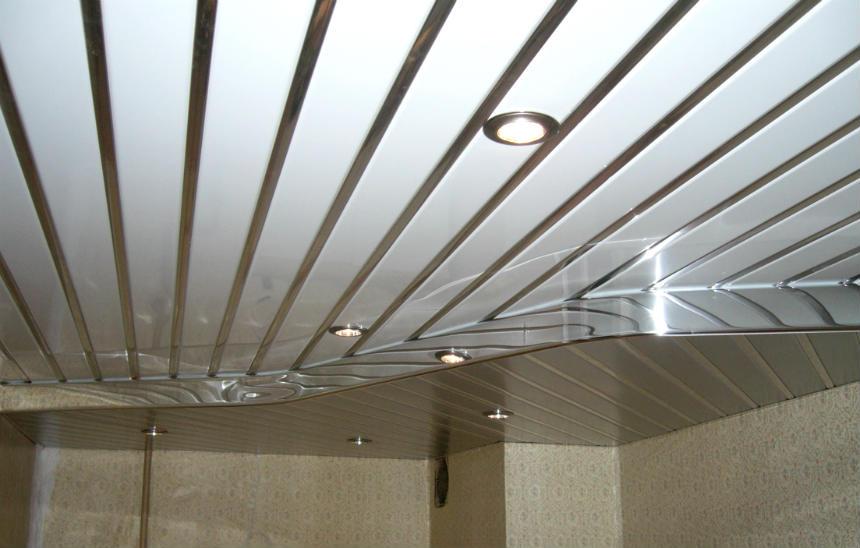 реечные потолки преимущества