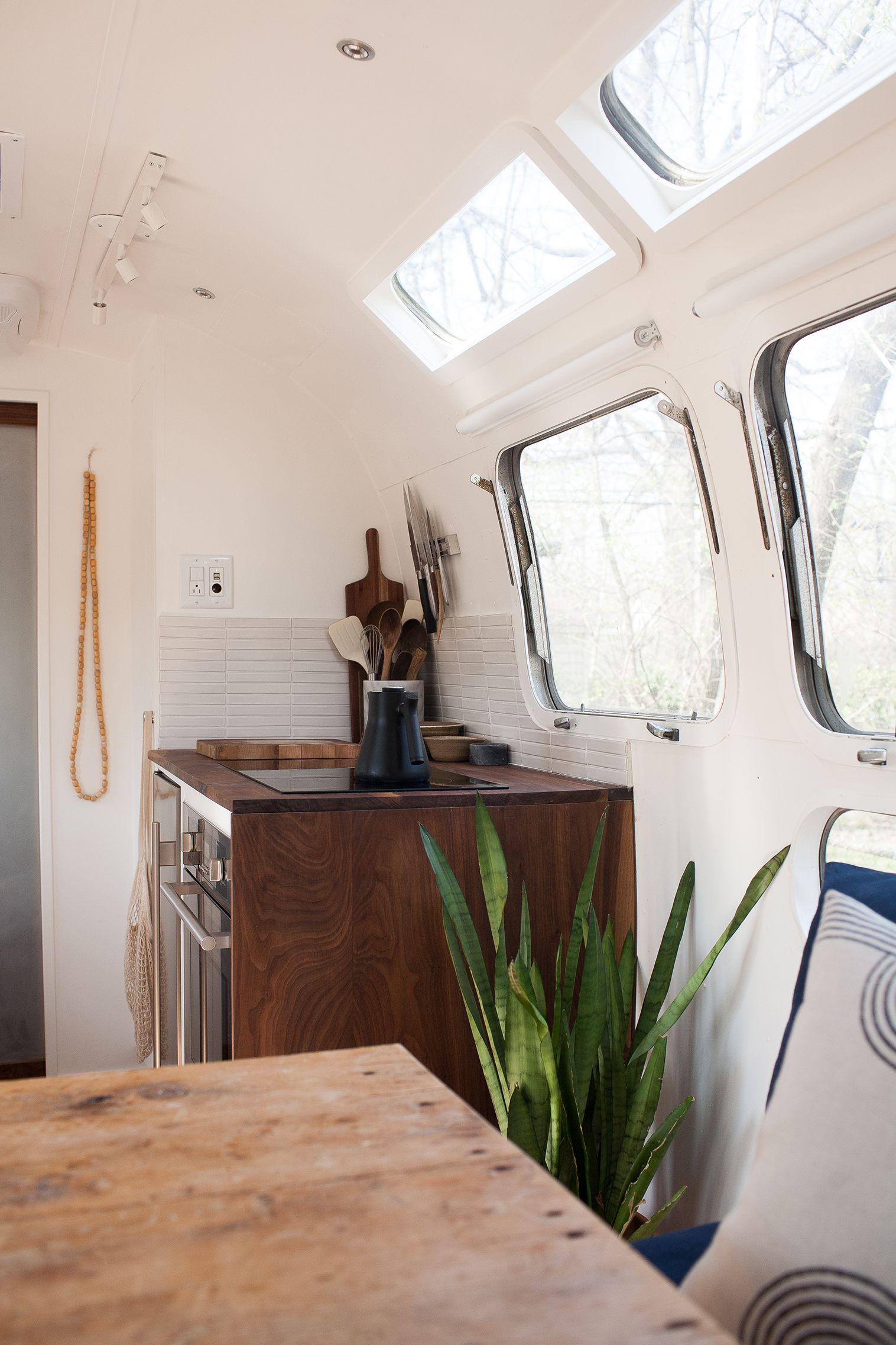 10 Винтажных домов на колесах, которые вас очаруют