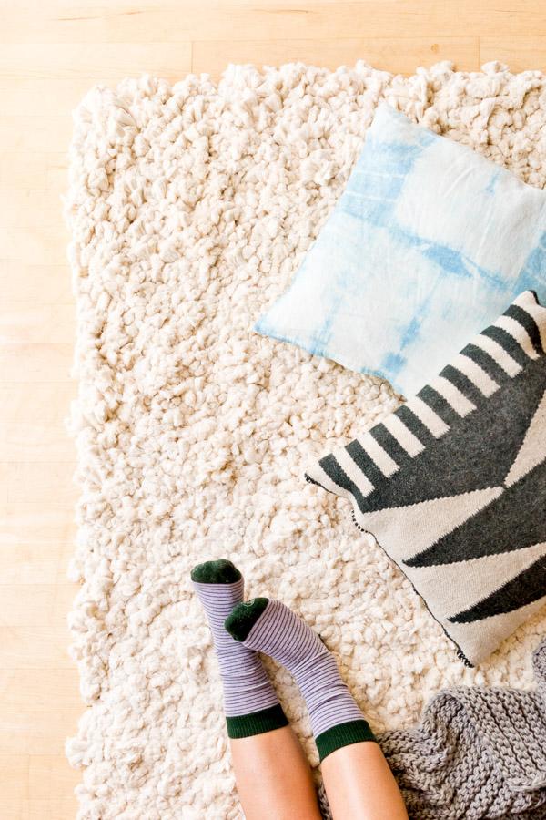 40 По-настоящему великолепных ковров, которые можно сделать самостоятельно