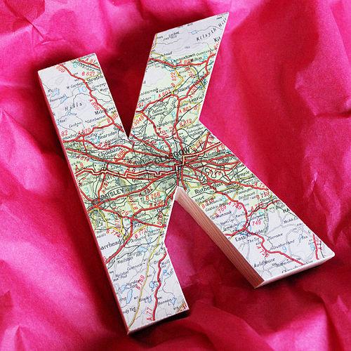 10 кретивных идей использование карты в декоре