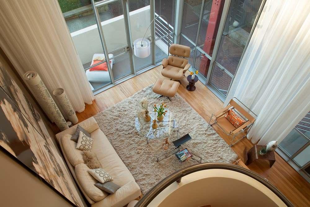 Интерьер трехэтажного загородного дома во Флориде