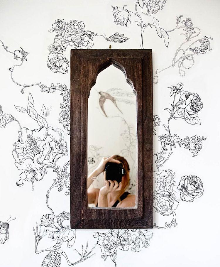 Роза Хамитова превратила унылый санузел в сказочное место