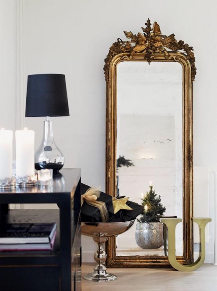 30 Элегантных примеров новогоднего декора в черном и золотом цветах