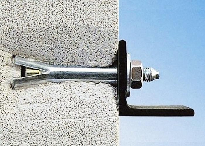 7 Способов крепления вещей к стенам из шлакоблока