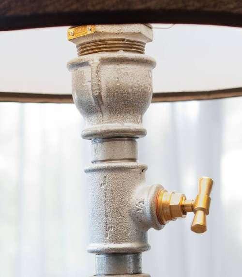Лампы из железа и труб