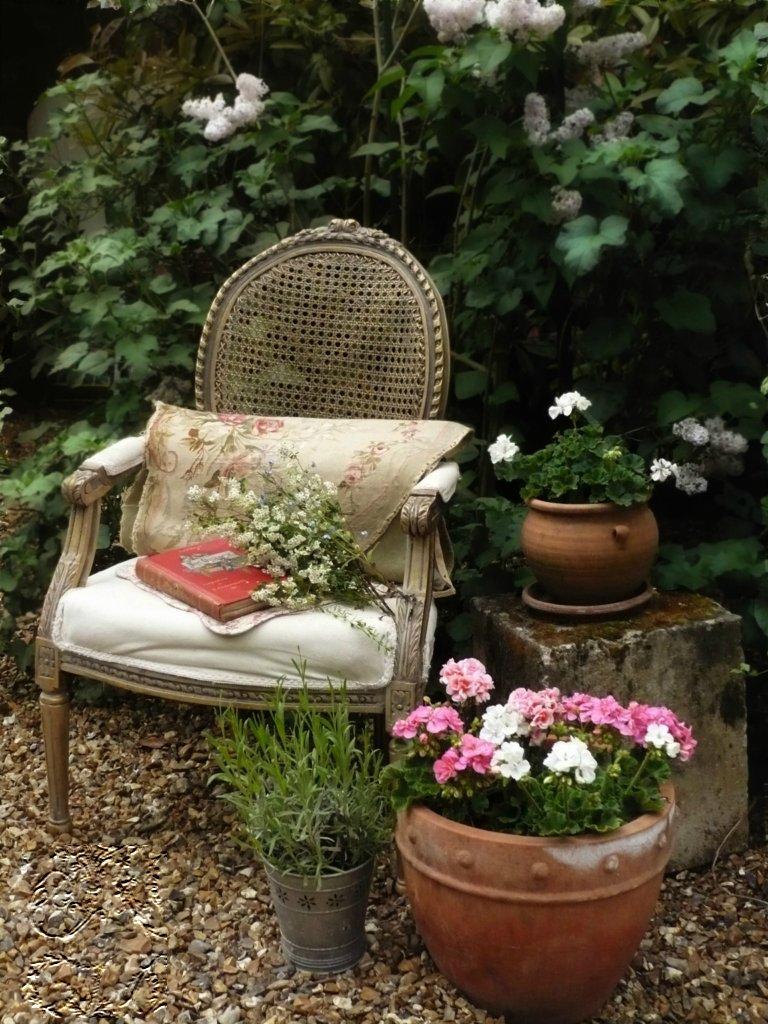 Винтажные элементы в саду