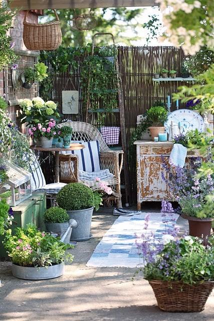 Идеи летних садов и двориков {70 Фото}