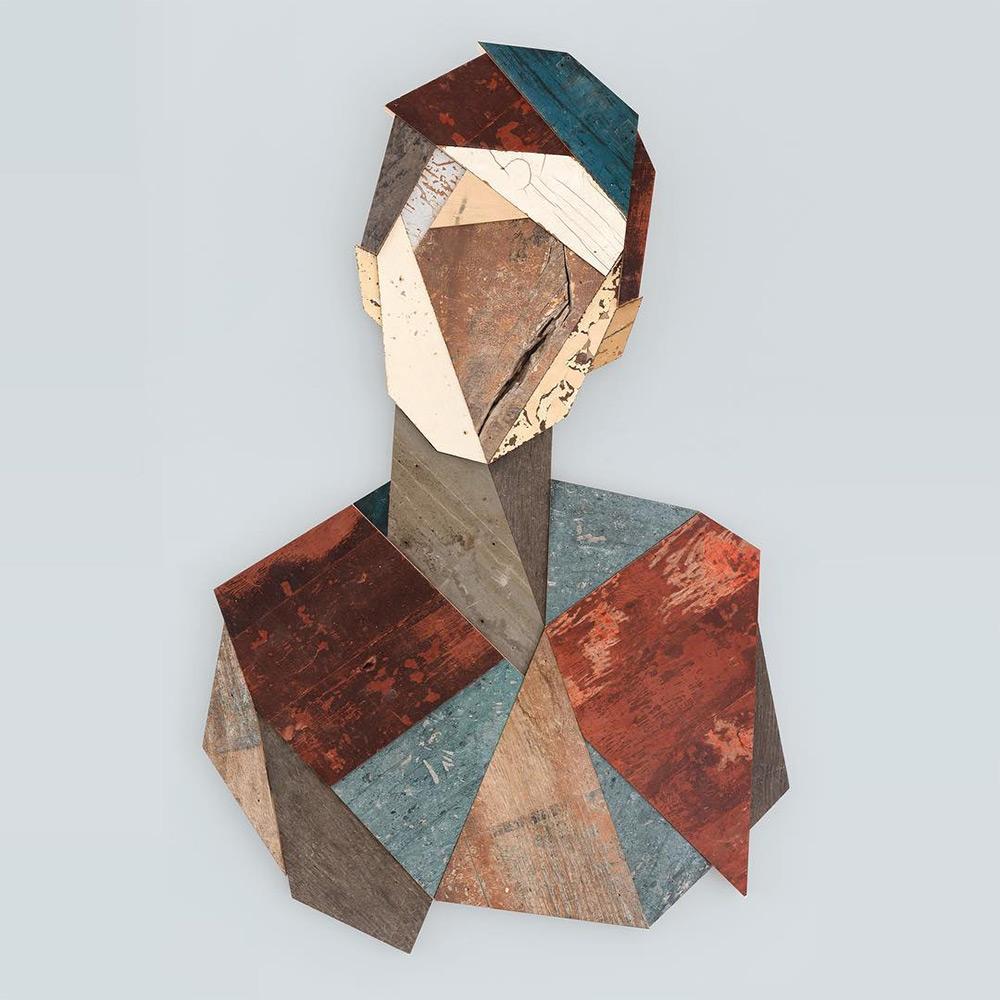Геометрические портреты из использованной древесины