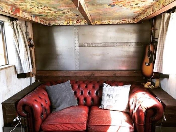 Британец превратил грузовик в дом мечты