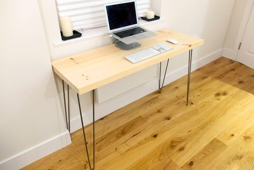 Простой письменный стол своими руками