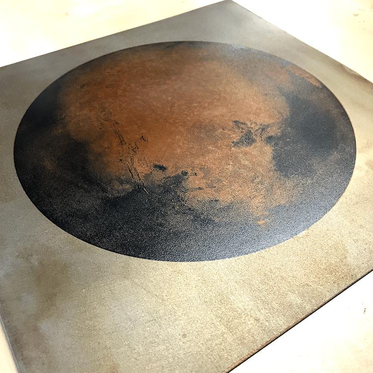 Как Барри Абрамс создает портреты Марса из реальной ржавчины